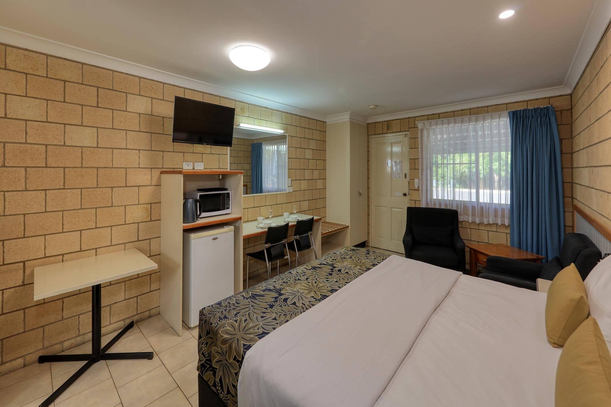 st-george-motel-executive-king-room-(3)